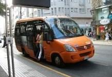 Una parada del Trasnporte Urbano de Ponferrada. 2009. Foto: Enrique L. Manzano.