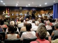 Vista general del pleno sobre el recorte del transporte público municipal. Ponferrada, 13 julio 2009. Foto: Enrique L. Manzano.