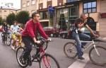 Contrabicicletada. 'I Bicicletada reivindicativa'. Las bicicletas se adueñaron por un día de la ciudad. Ponferrada, 19 sept. 2009. Ecobierzo.org.