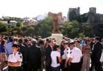 Inauguración del monumento a la Tolerancia. Ponferrada, 3 sept. 2009. Foto: Enrique L. Manzano.