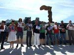 Familiares de represaliados en la inauguración del Monumento a la tolerancia. jPonferrada, 3 sept. 2009. Justiciaymemoria.blogspot.com.