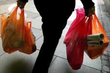 La utlización de bolsas plásticas tiene consecuencias medioambientales graves: Fuente: agroinformacion.com.
