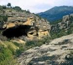 La cueva neolítica de Chaves, situada en la finca de Bastarás del empresario Victorino Alonso fue arrasada hasta los cimientos. Huesca. 2007.