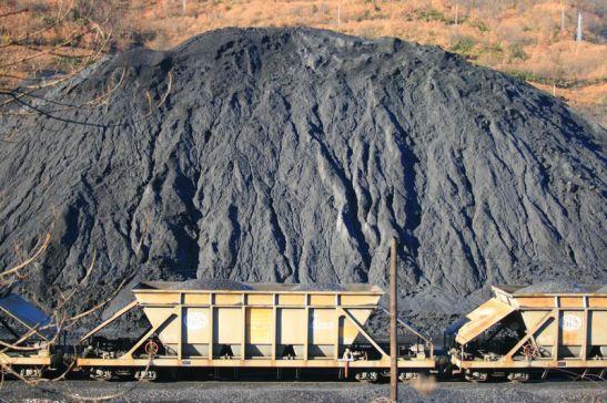 Laciana. Una imagen de la explotación minera en Laciana. Filonverde.org.