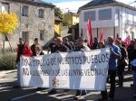 Manifestación en defensa de las Juntas Vecinales en Riello. 2 oct. 2012. Fuente: esllabon.blogspot.com.