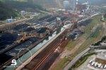 Punto de vertido del fuel al canal de agua de mar de la central de Aboño. 28 jun. 2012. Bomberosdeasturias.es.