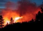 Uno de los numerosos e intensos incendios que conoció El Bierzo el año pasado. Tecnicaarca.com.