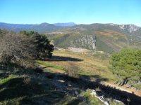 Vista de Biobra desde el Alto do Carvallín. Fuente unecologistaenelbierzo.wordpress.com. Foto Enrique L. Manzano.