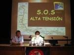 Camino Alonso presenta en Ponferrada al Movimiento Cívico contra la línea Sama-Velilla. 2 oct. 2009. Fuente: unecologistaenelbierzo.wordpress.com. Fot:o: Enrique L. Manzano.