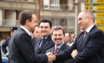 El presidente español José Luis Zapatero saludando al magnate minero Victorino Alonso. Tsobudelaciana.blogspot.com.