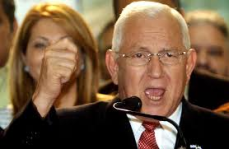 El nuevo presidente golpista, Roberto Micheletti. 2009. Rnw.n.