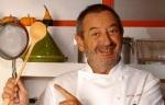 Karlos Arguiñano en su cocina. Fuente: telesmash.blogspot.com.es.