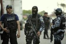 Miembros del cuerpo de Policía hondureña. 2009.