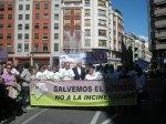 Arranque de la manifestación contra la incineración de residuos en Cosmos. Ponferrada, 15 mayo 2011. Fuente: unecologistaenelbierzo.wordpress.com. Foto: Enrique L. Manzano.