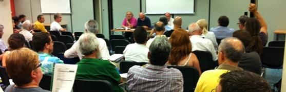 Una reunión de Fiare CyL. 25 nov. 2013. Fuente: fiarecyl.wordpress.com.