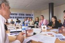 I Encuentro Estatal Contra la Incineración de Residuos en Cementeras. Enrique López Manzano (tercero por la izquierda). Ponferrada, 9-11 oct. 2009. Foto: Enriqe L. Manzano.