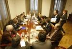Patronal, sindicatos y representantes de Gersul reunidos. 1 febr. 2009. Fuente: diariodeleon.es.