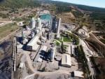 Vista aérea de la fábrica de cemento Tudela Veguín, en La Robla. Fuente: elrefugiodejavi.blogspot.com.