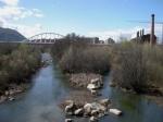 El río Sil en una zona inmediata a 'La Uve', donde se bañaba en el pasado los ponferradinos. Ponferrada, 21 marzo 2010. Fuente: Unecologistaenelbierzo. Foto: Enrique L. Manzano.