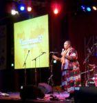 Intervención de la activista keniana Wahu Kaara.  Wikipedia. Foto: Zyt.