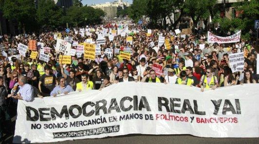 Marnifestación de Democracia Real Ya. Madrid, 15 mayo 2011. Elpais.com. Foto: Claudio Álvarez.