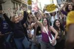 15M. Manifestación de Democracia Real Ya en Barcelona, 15 mayo 2011. Elpais.com. Foto: Emilio Morenatti.