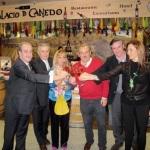 Isabel Carrasco en una de sus visitas al Bierzo. 2011. Elecodelbierzo.es.