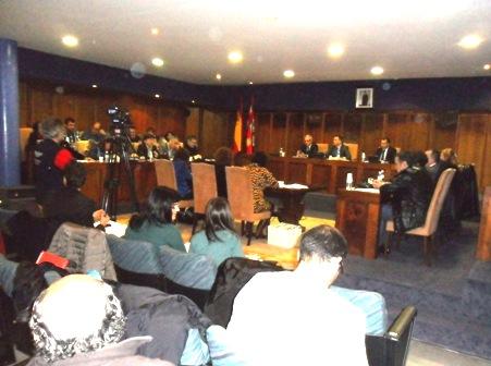 Pleno del Ayuntamiento de Ponferrada. 22 febr. 2013. Fuente: Unecologistaenelbierzo.wordpress.com. Foto: Enrique L. Manzano.