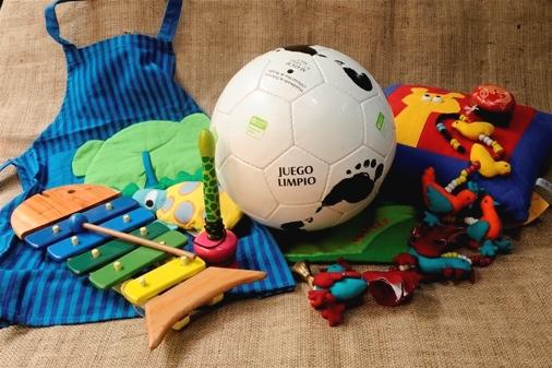 Producción de comercio justo de juguetes infantiles. Fuente: comerciojusto.org.