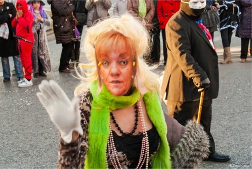 La conocida afición al lujo de Isabel Carrasco fue parodiada en el Carnaval de Ponferrada. 20 febr. 2012. Fuente: unecologistaenelbierzo.wordpress.com. Foto: Enrique L. Manzano.