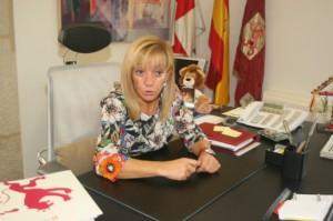 La que fuera presidenta de la Diputación Provincial de León, Isabel Carrasco. Elblogdenadie.com.
