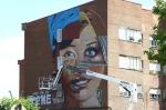 Otro momento de la ejecución del graffiti. Jun. 2014.
