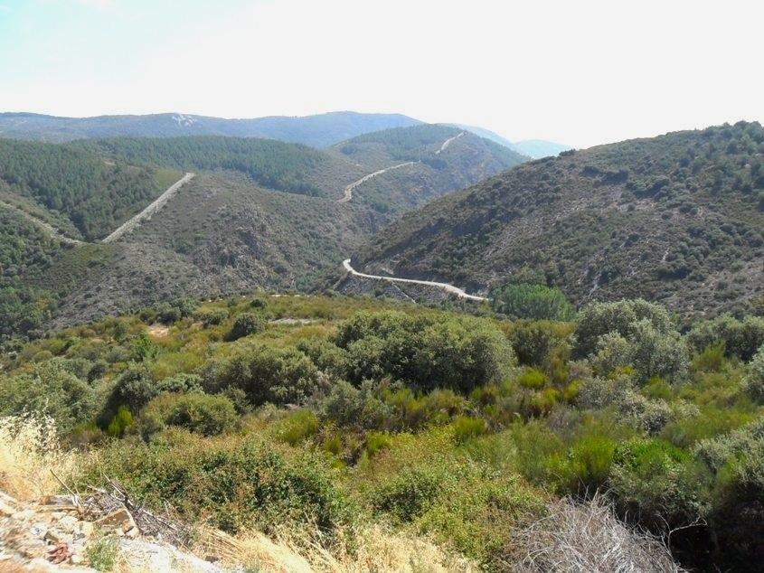 El valle de Ancares, en la Reserva de la Biosfera de los Ancares Leoneses, visto desde San Pedro de Olleros. 12 sept. 2012. Fuente: unecologistaenelbierzo.wordpress.com. Foto: Enrique L. Manzano.