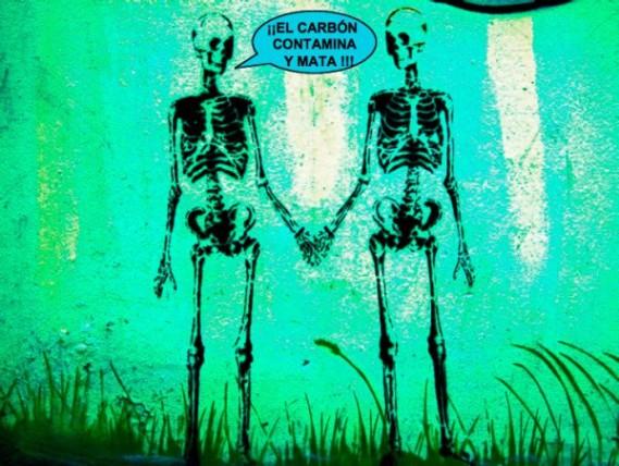 ¡El carbón contamina y mata'. Fuente: davidhammerstein.com.