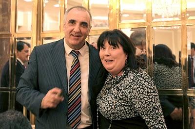 Victorino Alonso y la alcaldesa de Villablino, Ana Luisa Durán. Altosil.blogspot.com.