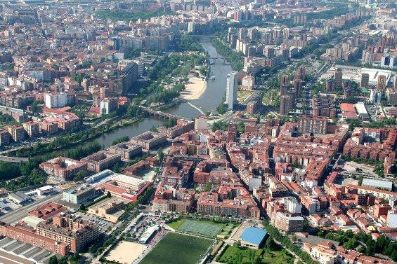 Vista aérea de Valladolid. Fuente: wikipedia.org. Foto: Antonio Melgar.