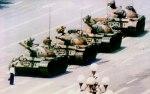 'El hombre del tanque de Tiananmén'. Copyright © 1989 Jeff Widener  Associated Press.