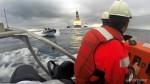 Una lancha de la Armada española embiste a la tripulación de Greenpeace en Canarias. 15 nov. 2014. Greenpeace.org.