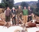 Victorino Alonso (en el centro) en una montería celebrada en Bastarás. Enero 2012. Arainfo.org.