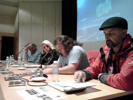 Ramiro Pinto, Chus de la Fuente, Xosé Laponte y un miembro del 22M. Ponferrada, 9 enero 2015.