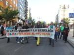 12M-15M. Pancarta. 'De la indignación a la rebelión'. Ponferrada, 12 mayo 2013. Fuente Un ecologista en El Bierzo. Foto: Enrique L. Manzano.