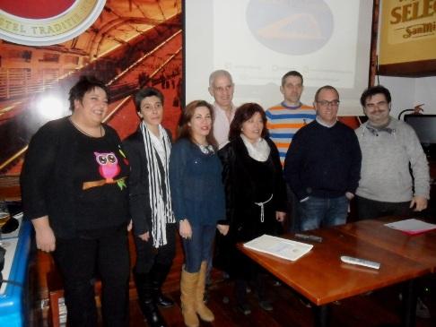 El equipo de Vecinos Ponferrada. 4 enero 2015. Foto: Enrique L. Manzano.