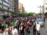La manifestación del 15M a su paso por la calle Ancha. Ponferrada, 12 mayo 2012. Foto: Enrique L. Manzano.
