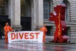 Protesta contra los combustibles fósiles. Berlin (Alemania). 13 febr. 2015. 350.org.