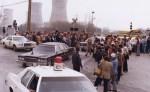 El presidente Jimmy Carter abandona las instalaciones de Three Mille Island. 1 abril 1979. Ecologistasenaccion.org.