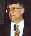 El inventor Stanley Meyer, fallecido en extrañas circunstancias. Teatrevesadespertar.wordpress.com.