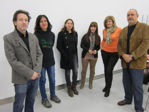 Fernando Gil (primero por la izquierda) con parte de  la candidatura de Podemos Plural CyL. 2015. Lainformacion.com.