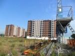 La estructura abandonada de una grúa de construcción en la Rosaleda. Ponferrada, 1 jun. 2012. Foto: Enrique L. Manzano.
