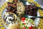 Un plato variado y colorido a base de saltamontes. Fuente: informe21.com.