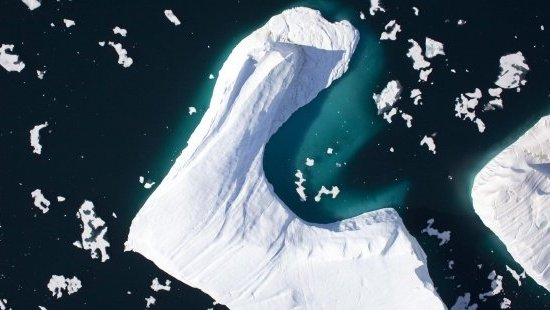 Un gran iceberg en Groenlandia. Efeverde.com.
